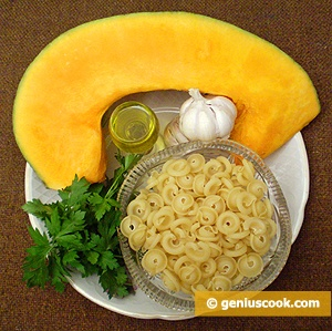 Ingredients for Pumpkin Soup with Pasta