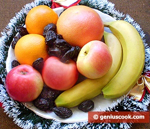 "Ingredients for Fruit Salad ""Macedonia"""