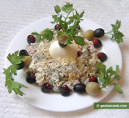 Салат с корнишонами