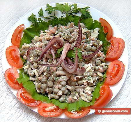 Ready Three Color Squid Salad