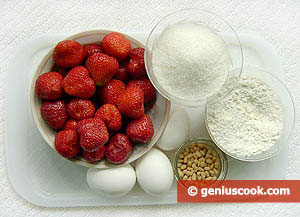 Strawberry, Eggs, Sugar, Pine Nuts, Flour