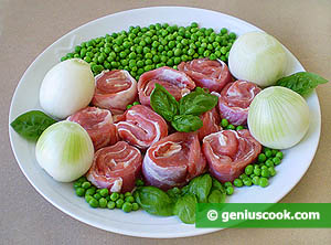 Ingredients for Lamb Meat with Green Peas