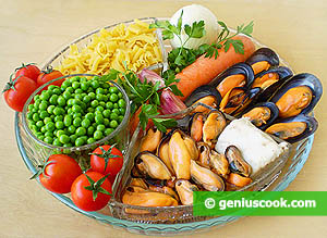 Ingredients for Mussels with Green Pea and Pasta