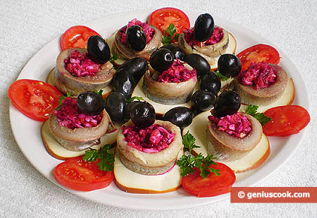 Herring Rolls Stuffed with Vegetables and Eggs