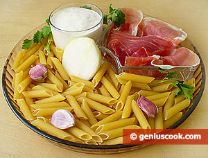 Ingredients for Pasta Penne with Prosciutto in Creamy Sauce