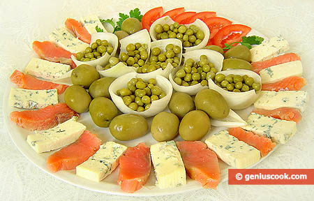 Dor Blue Cheese Appetizer with Trout