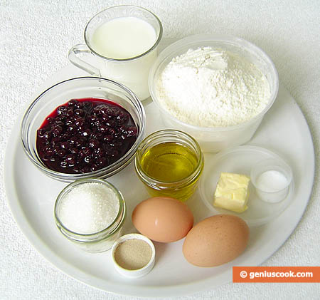Ingredients for Black Currant Filled Sweet Buns