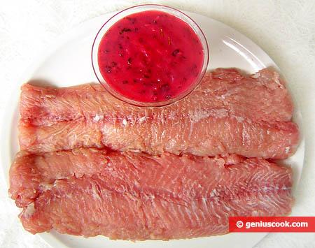 Sheatfish Fillet and Cranberry Sauce
