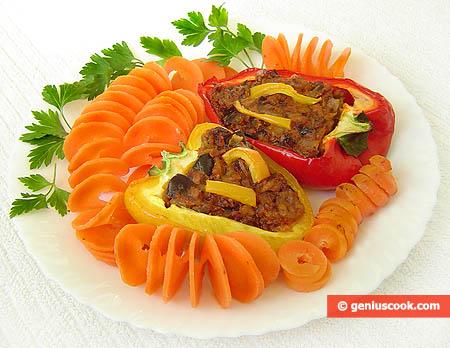 Tuna Stuffed Bell Pepper