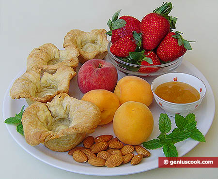 Ingredients for Fruit Puff Pastry Tartlets