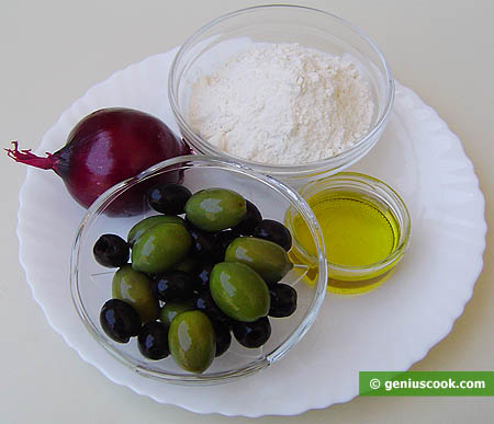 Ingredients for Italian Bread with Olives and Onion