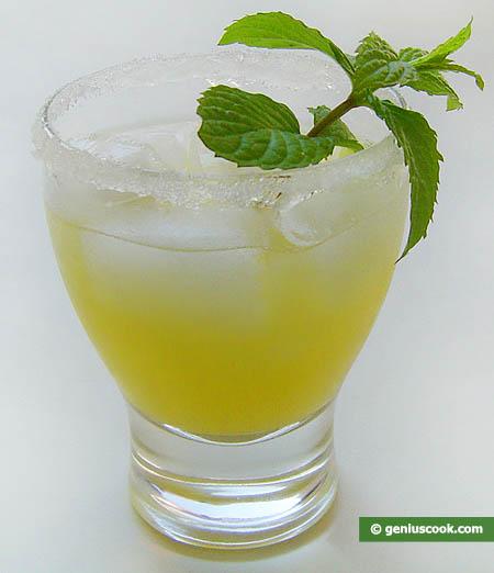 Pineapple Martini Drink
