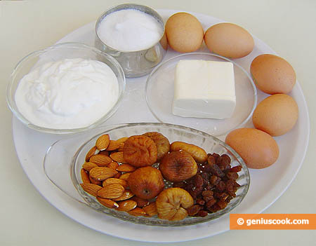 Ingredients for Figs and Almond Muffins