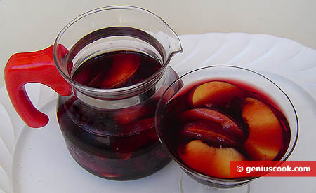 Nectarines in Pop Wine