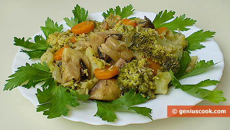 Broccoli Stewed with Champignons in White Wine