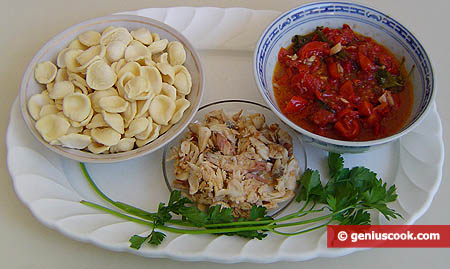 Ingredients for Italian Pasta with Fish and Shrimps Sauce