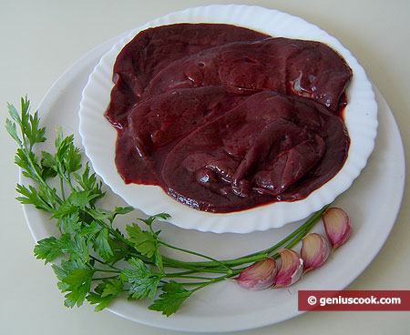 Ingridients for Beef Liver with Garlic and Parsley
