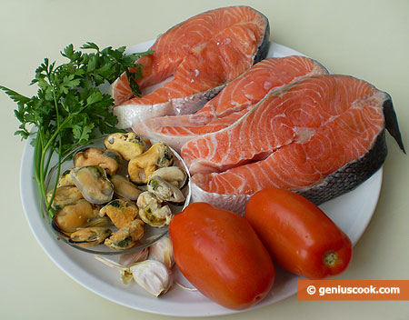 Ingredients for Salmon With Mussels in Tomato Sauce