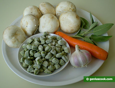 Ingredients for Spinach and Ricotta Gnoccetti in Creamy Mushroom Sauce