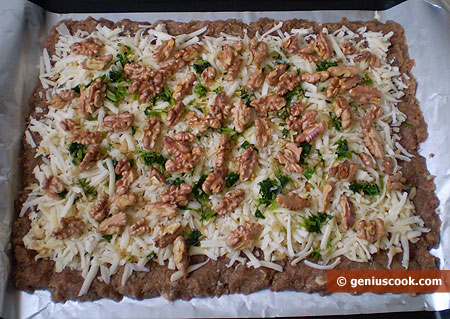 Minced Meat and the Stuffing on the Foil