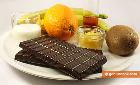 Ingredients for Chocolate Fondue with Honey and Cognac