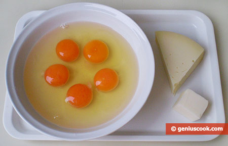 Ingredients for Omelet with Cheese