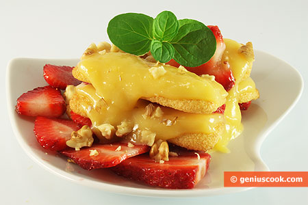 Dessert with Lemon Curd and Strawberries