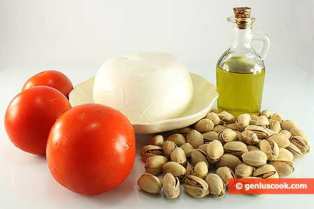 Ingredients for Mozzarella with Pistachios and Tomatoes