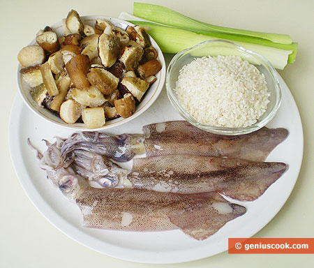 Ingredients for Squids Stuffed with Rice and Mushrooms
