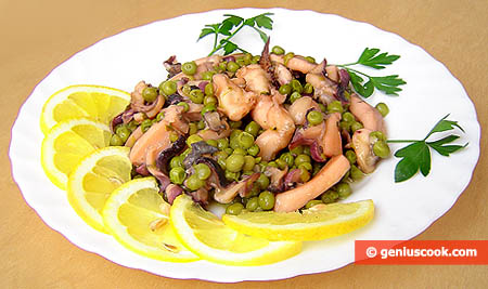 Simmered Sepia with Green Peas