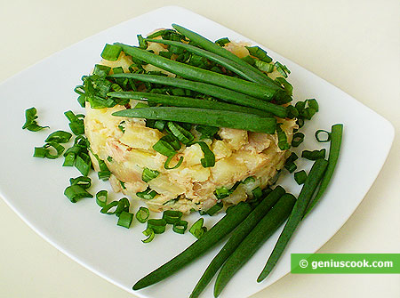 Potato Salad with Tuna and Bunching Onion