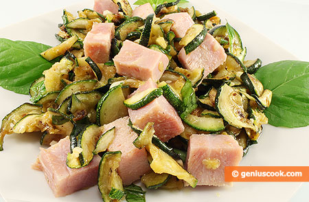 Salad with Zucchini, Ham and Mint