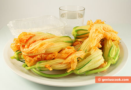 Ingredient for Fried Pumpkin Flowers