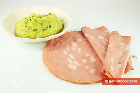 Ingredients for Rolls with Mortadella and Avocado