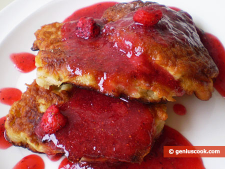 Apple Fritters with Strawberry Sauce