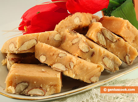 Vanilla Cream Fudge with