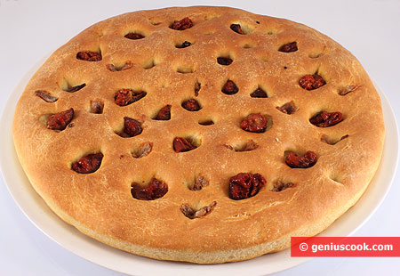 Focaccia with Anchovy and air-dried Tomatoes