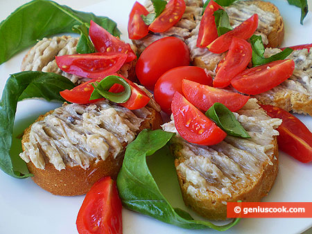 Crostini with Anchovy and Butter