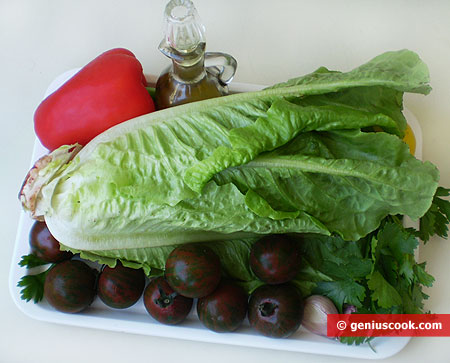 Ingredients for Salad with Black Tomatoes