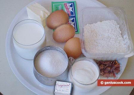 Ingredients for Vanilla Crackers with Raisin
