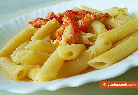 Italian Pasta Penne with Crabs in Orange Sauce