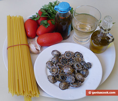 Ingredients for Linguine Pasta with Mollusks