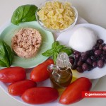 Ingredients for Mediterranean Salad with Farfalle