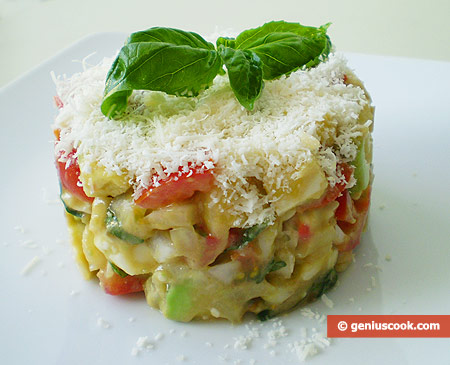 Salad with Avocado, Cheese and Tomatoes