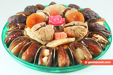 Dry Fruits Stuffed with Nuts