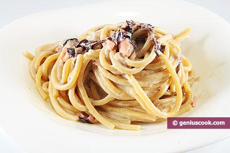 Bigoli Pasta with Radicchio and Salmon