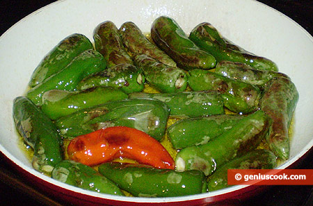 Fry pepper on medium heat