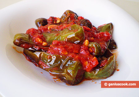 Neapolitan Fried Peppers in Tomato Sauce