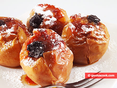 Baked Apples with Dried Prunes