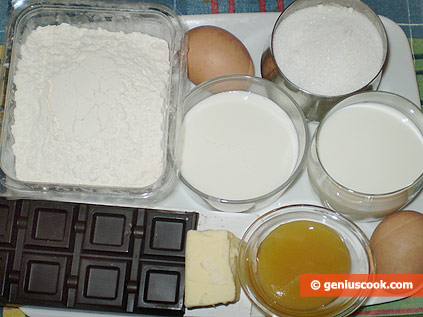 Ingredients for Honey Muffins with Chocolate Shavings